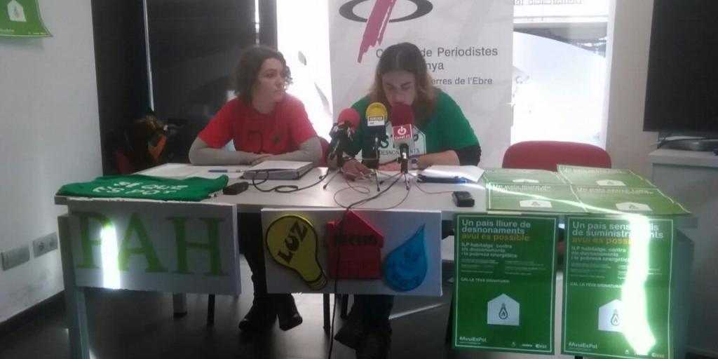 Presentació i recollida de signatures de la @ILPHabitatge a les Terres de l'Ebre / @La_PAH @APA_Cat @ObservaDESC